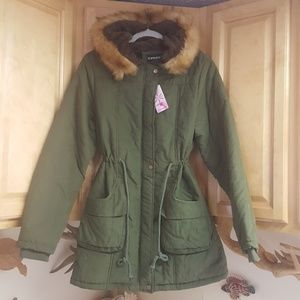 NWT Ilovesia Green Vegan Fur Lined Hooded Parka 8